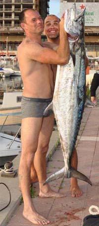 פלמידה לבנה דייג בצלילה חופשית ישראל אבידג