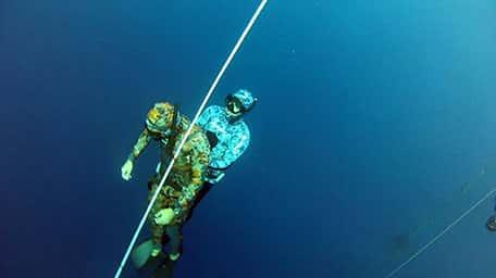 קורס צלילה חופשית באילת עם אבידג